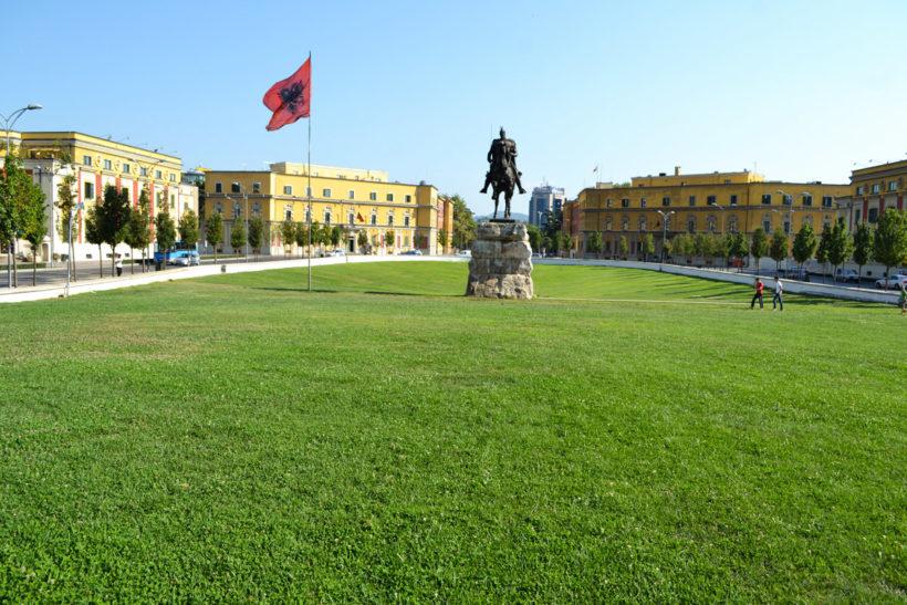 Tirana Scanderbeg square